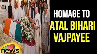 Homage to Former PM Atal Bihari Vajpayee at the latter's Residence in Delhi | #RIPABV | Mango News - MANGONEWS