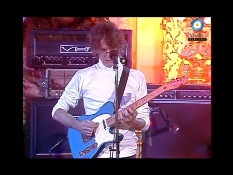 Luis Alberto Spinetta en Casa Rosada - 04-03-05 (1 de 2)
