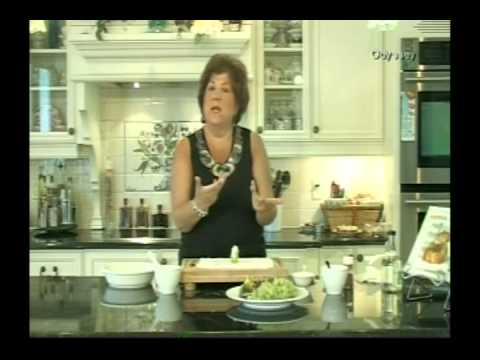 Litsa B cooks Figs with Cheese and Nuts