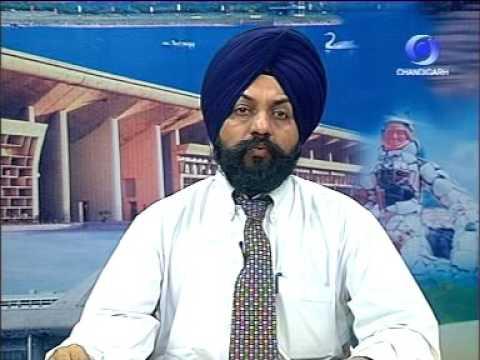 <p>Devinder Singh Kohli as Punjabi news reader on Chandigarh Doordarshan</p>