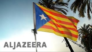Catalans divided as independence vote nears - ALJAZEERAENGLISH