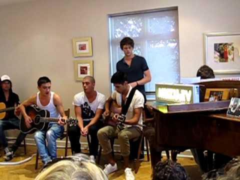 The Wanted - Gold Forever (NATHAN PLAYING PIANO) & Glad You Came - Gig In Your Gaff (LIVE)