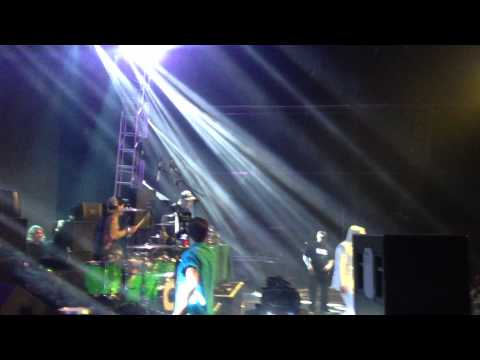 RUSKO CYPRESS HILL &amp; TRAVIS BARKER  SMOKEOUT FESTIVAL 2012 on stage