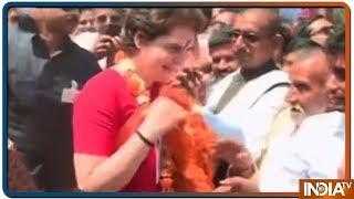 प्रियंका गाँधी ने लोकसभा चुनाव के लिए एड़ी-चोटी की जोर लगा दी है; हर धर्म, हर तपके के वोट पर नजर - INDIATV