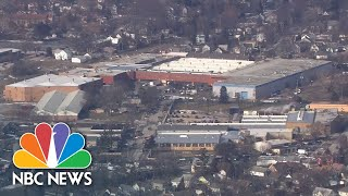 Watch live: Police respond to shooter at Illinois manufacturing plant - NBCNEWS