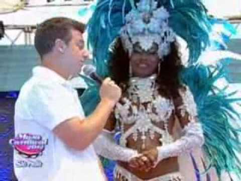 Cláudia Waléria da Águia de Ouro no Musa do Carnaval SP 2012