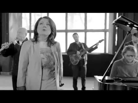Uwaga, uwaga (polscy muzycy dla PAH)