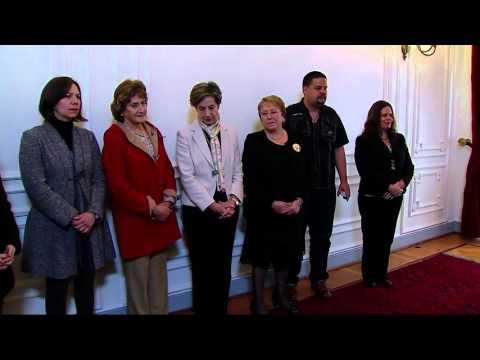 Isabel Allende Bussi recorre el Palacio de La Moneda, 11 Septiembre.