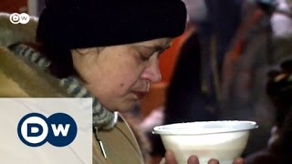 Down and out in Russia: Fighting hunger | DW Reporter - DEUTSCHEWELLEENGLISH