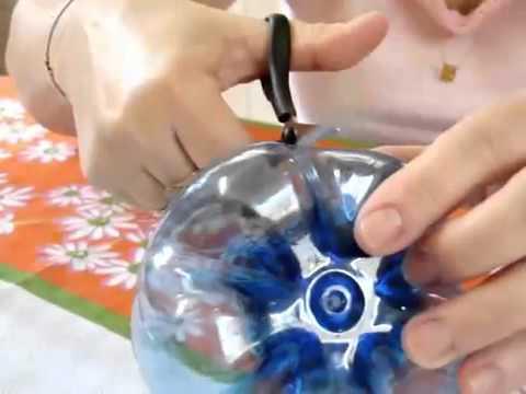 Как сделать из бутылки цветок своими руками