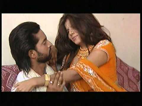 Bhojpuri Hot Video - Bahiyaan Mein Apne Bharila [Full Song] by Bhojpuri Queen Kalpana