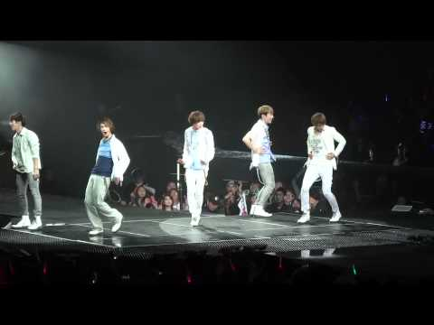 CLIP SHINee - Love Like Oxygen SMTOWN 2012 Honda Center