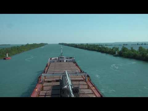 Great Lakes Sailing - St.Clair & Detroit Rivers HD time-lapse
