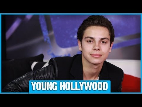 THE FOSTERS's Jake T. Austin on J.Lo