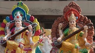 Delhi: Attractive idols of Goddess Saraswati on sale for Basant Panchmi - TIMESOFINDIACHANNEL