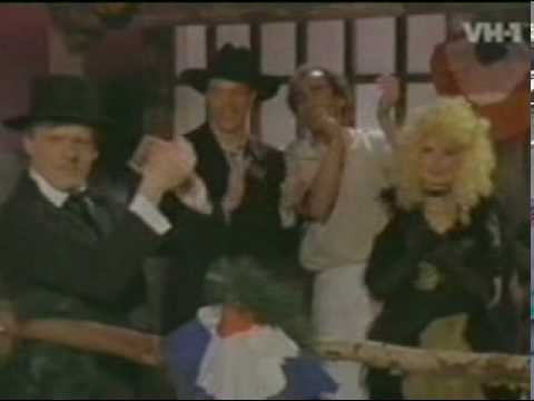 Divine - Walk Like a Man