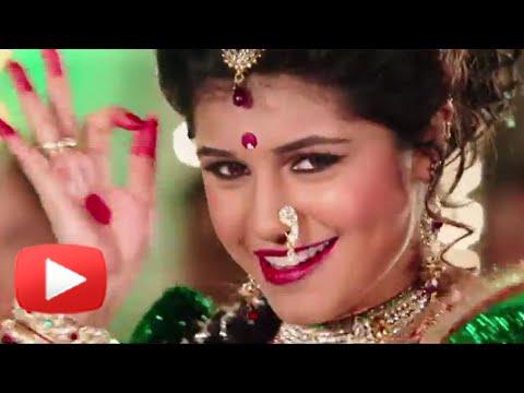 Sanskruti Balgude's Hot Lavani Dance In Sanngto Aika - FANTASTIC - Marathi Song