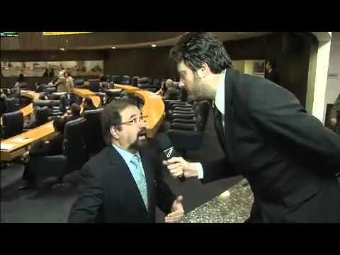 CQC2011 #145 - 04/07/2011 Danilo Gentili acompanha o aumento do salário de Kassab