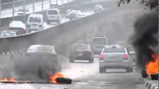مجهولون يقطعون الطريق امام كوبري فيصل