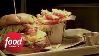 Bacon Mac 'N Cheese Burger | Food Network - FOODNETWORKTV