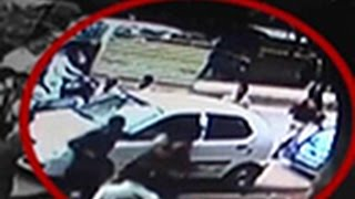 Daylight heist Caught on Tape - TIMESNOWONLINE