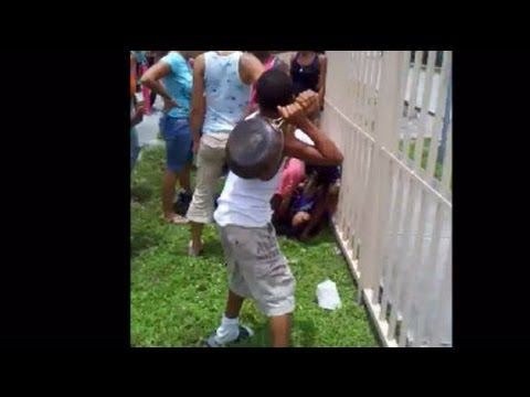 Little Boy Hit Woman With A Frying Pan While She Scraps In Miami!