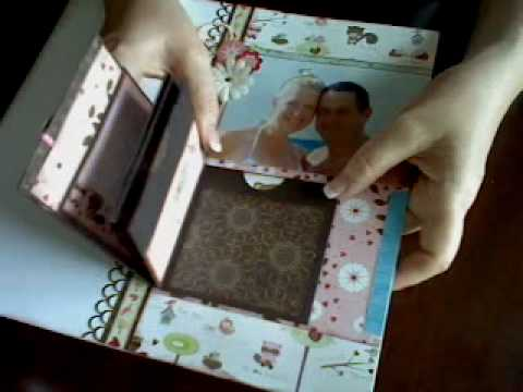 Total Papercrafts technique video - simple folded mini album