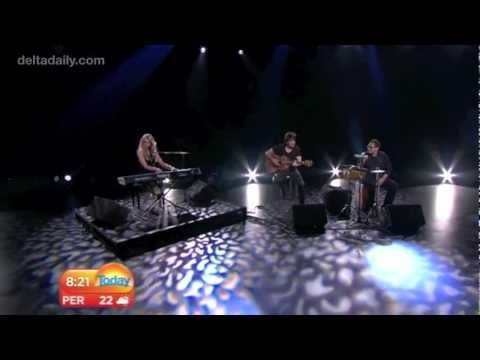 Delta Goodrem - 'Sitting on Top of the World' live on the Today Show + Interview (May 9, 2012)