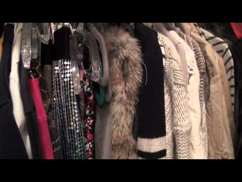 My Closet and Dresser Tour!