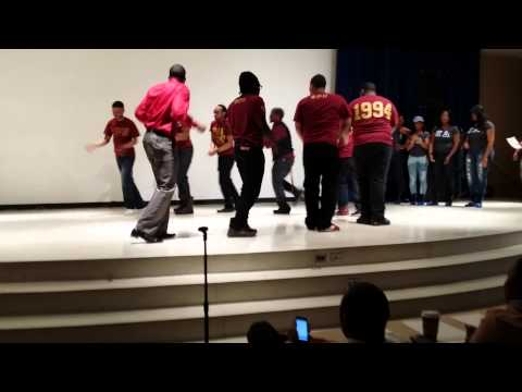 Zeta Phi Beta Vs Phi Rho Eta Battle Of The Sexes Stroll Off (N.I.U.)