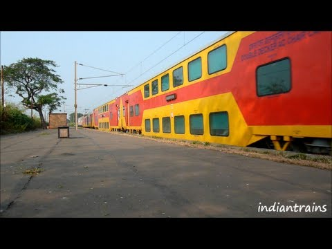 indiantrains@2 superfast trains, mumbai ahmedabad double decker & duronto express at vaitarna india