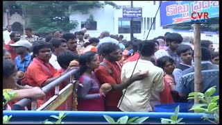 Bhavani Deeksha Devotees Rush at Durga Temple in Vijayawada | Dussehra Festival | CVR News - CVRNEWSOFFICIAL