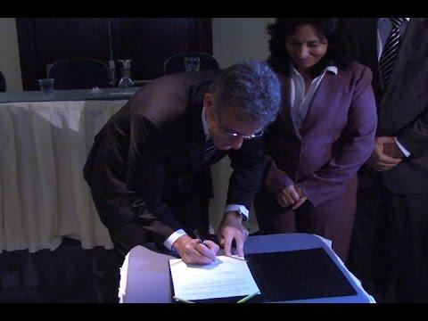 TV Costa Norte - Ministro assina termo para curso de medicina em Guarujá