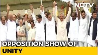 JDS' Kumaraswamy Takes Oath Amid Opposition Show Of Unity - NDTV