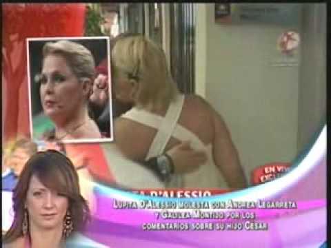 Lupita Dalessio Vs Andrea Legarreta