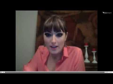Raquel Ortega saluda a Elber Galarga - (Original)