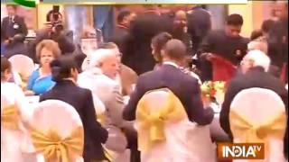 President Pranab Mukherjee throws dinner party for the guest of honour Barak Obama - INDIATV