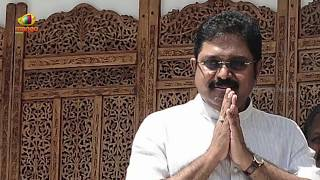 TTV Dinakaran Arrested By Delhi Police In AIADMK Poll Symbol Bribery Case | TN Politics | Mango News - MANGONEWS