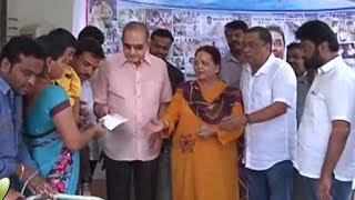 Superstar Krishna & Vijaya Nirmala donate to Manam Saitham - IGTELUGU