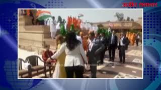 video : पीएम जस्टिन ट्रूडो ने अक्षरधाम मंदिर में माथा टेका