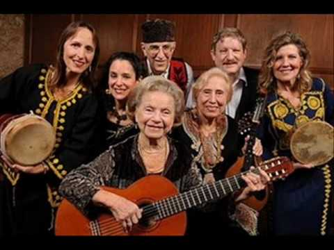 Jewish-Sephardic song, Flory Jagoda - Oco Kandelikas (Eight Candles)