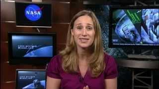 NASA   Seeing Inside A Hurricane - NASAEXPLORER