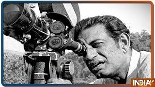 सत्यजीत रे की पुण्यतिथि पर जानिए उनके फिल्मी सफर के बारे में - INDIATV