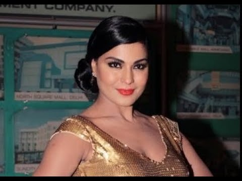No More Bikini Scene After Super Model Says Veena Malik