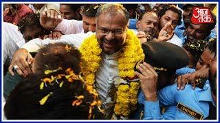 बलात्कार के आरोपी बिशप के जालंधर में स्वागत पर बवाल | Desh Tak Syed Ansari के साथ - AAJTAKTV