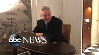 Forrest Gump actor overcome with emotion by celebrity thank you video - ABCNEWS