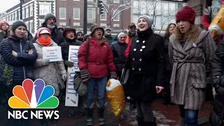 Watch Nationwide Protests Against President Donald Trump's National Emergency Declaration | NBC News - NBCNEWS
