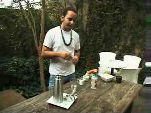 Barista usa sifão para incrementar café - TV Espresso