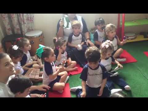 Maternal II - Visita à Escola de Música Tum Tum Pá
