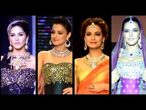 Sunny,Ameesha, Dia & Neha's Sparkling Ramp Walk